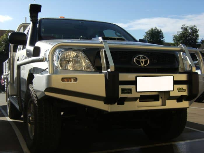 https://www.mnf4x4.com.au/media/Ironman-4x4-Commercial-Hilux-2005-2011-3.jpg