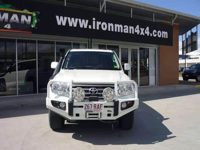 https://www.mnf4x4.com.au/media/Ironman-4x4-Deluxe-Commercial-Landcruiser-200-Series.jpg