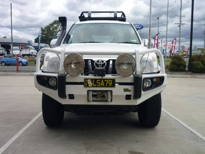 https://www.mnf4x4.com.au/media/Ironman-4x4-Deluxe-Commercial-Prado-120-Series-2.jpg