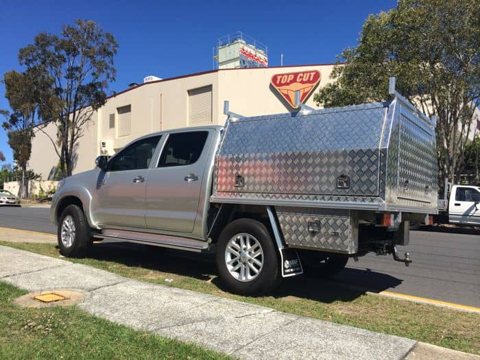 MNF 4x4 Checkerplate Dual Cab- Toyota Hilux