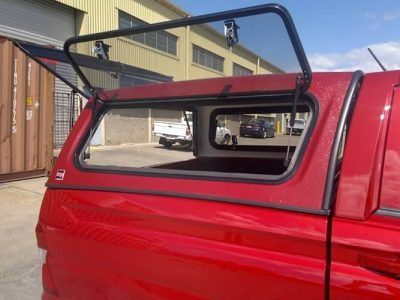 textured-tradie-Model-Canopy